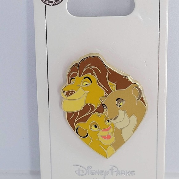 Disney authentic Lion King pin